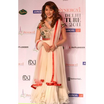 Celebrity Dresses of Bollywood - Anarkali Suits