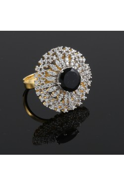 Cubic Zirconia Studded Round Finger Ring