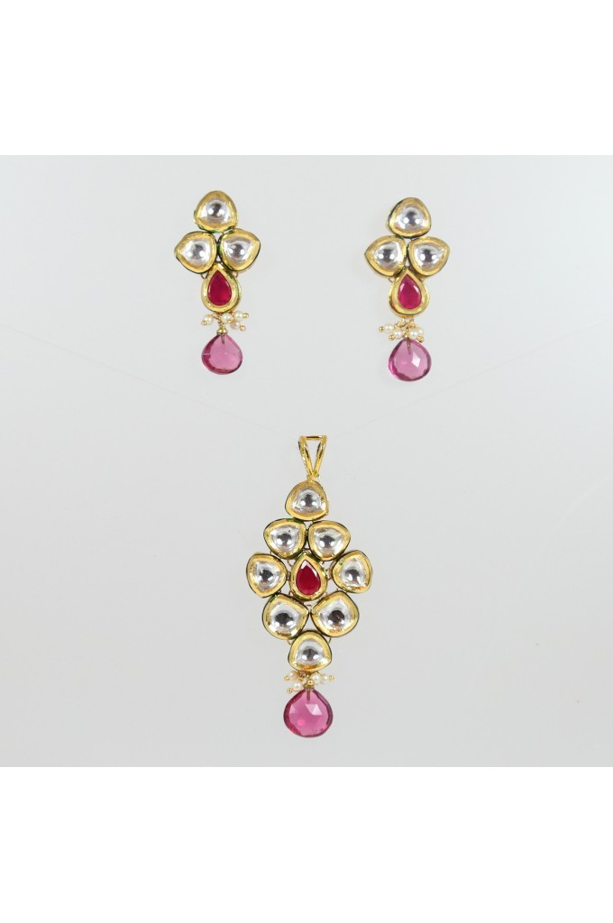 Kundan Pendant Necklace Set with Red Stone
