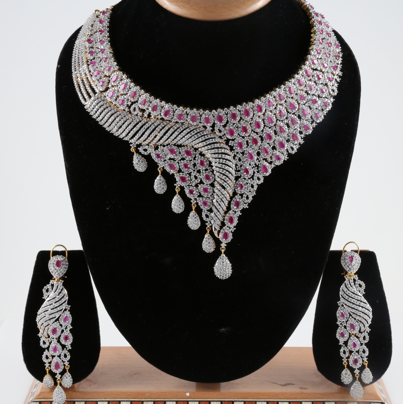 designs jewellery diamond haram and necklace set indian